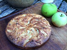 Apple and almond cake – gluten free and dairy free Apple And Almond Cake, Almond Cakes, Bramley Apple Recipes, Ground Almonds, Gluten Free Cakes, Dairy Free, Coconut, Food, Essen