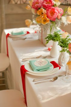 Peach, red and teal wedding inspiration with MIDORI Ribbon. (Courtesy of Katelyn James and JM Flora)