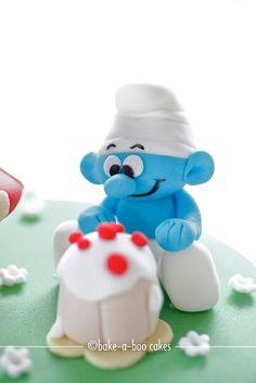 Smurfs theme cake by Bake-a-boo Cakes NZ, via Flickr