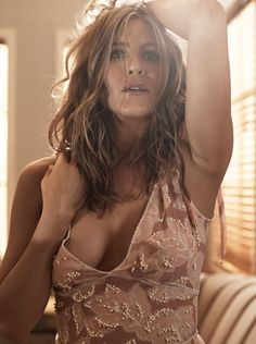 Jennifer Aniston Poses Topless in Allure, Praises Justin Theroux and Gwyneth Paltrow   E! Online Mobile
