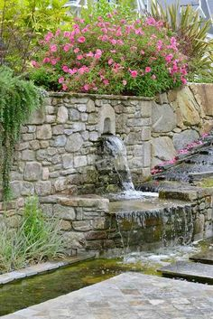 installer une fontaine murale avec une gargouille au jardin bassin ruisseau pinterest. Black Bedroom Furniture Sets. Home Design Ideas