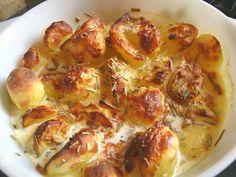 bunte halogenofenrezepte: Gebackene Sahnekartoffeln mit Rosmarin Cauliflower, Food And Drink, Meat, Vegetables, Cooking, Souffle Dish, Food And Drinks, Bakken, Kitchen
