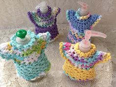 Dish Cloth Soap Pump Cover - Dress Soap Pump Cover, Doubles As Small Dish Cloth or Just Use It To Decorate Your Soap Pumps Free Crochet Doily Patterns, Crochet Doilies, Crochet Gifts, Crochet Yarn, Crochet Towel Topper, Bazaar Crafts, Soap Pump, Crochet Dishcloths, Crochet Kitchen