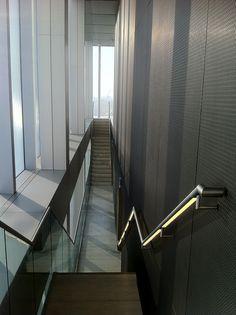 LED handrail lighting design