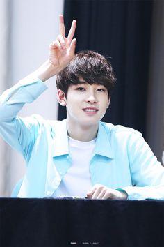 Wonwoo (hip hop team) Seventeen Wonwoo, Seventeen Debut, What A Beautiful Day, Beautiful Boys, Woozi, Jeonghan, Seventeen Youtube, Won Woo, Best Rapper