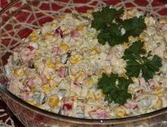 Szybka sałatka serowa na kolorowo - Przepisy kulinarne - Sprawdzone i smaczne