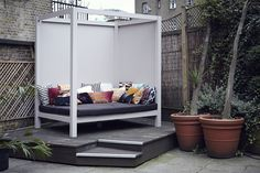 The Fence // Farringdon // Day Bed // Patio Design