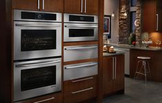 Double wall oven with #JennAir's Culinary Center (amazing!), microwave and dual warming drawers...somehow, hosting Thanksgiving dinner just got much easier!