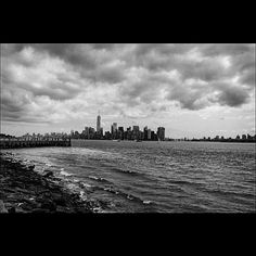 • On the other side • #ny#gloomy#citylife#cityview#blacknwhite#nikon#nikond3200