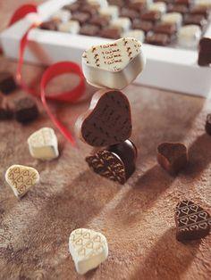 Gourmet chocolate mini hearts / Richart Chocolates