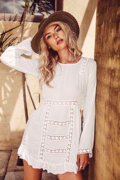 Arnhem Clothing, Byron Bay Australia, Womens fashion designer, Arnhem Bickley #boho
