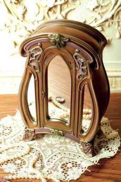 Victorian Trading Co.   Www.victoriantradingco.com   Armoire Box