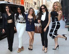Lauren, Normani,Ally, Camila e Dinah do grupo Fifth Harmony