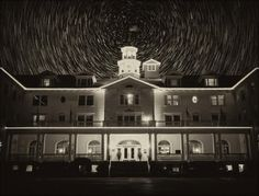 Hotel Stanley, USA Foto: Thinkstock Hotel Stanley, USA Oddany do użytku w 1909 roku, Hotel Stanley w Kolorado jest stale odwiedz...