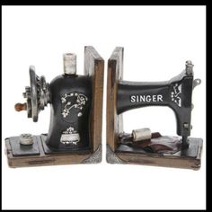 Sewing Machine Book Ends: love! http://www.ebay.co.uk/itm/QUALITY-VINTAGE-RETRO-SINGER-SEWING-MACHINE-BOOKENDS-BOOK-ENDS-NEW-BOXED-/191144246306