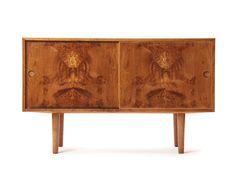 Oak Burl Cabinet, Johannes Hansen. Hans Wegner.