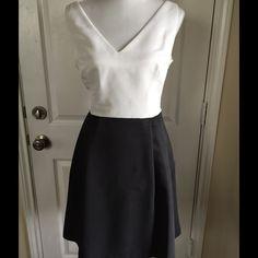 Jessica Simpson Dress Sleeveless dress with darts on skirt, Washable, skirt has pockets, V-neck NWT Jessica Simpson Dresses Midi