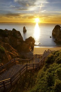 Weddings in Algarve - At Algarve you will find a large variety of dream wedding locations. romantic places to get married! Places In Portugal, Visit Portugal, Places To Get Married, Places To Visit, Parque Natural, Romantic Places, Nature Pictures, Amazing Nature, Beautiful Beaches