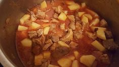Gombás pusztapörkölt Hungarian Recipes, Hungarian Food, Pot Roast, Pork, Food And Drink, Tasty, Beef, Ethnic Recipes, Diet