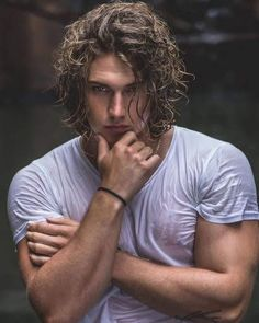 'One shot one kill': A photo uploaded by Benjamin Ahlblad - Actor, Model and Influencer based in New South Wales, Australia Long Curly Hair Men, Curly Hair Styles, Long Hair Guys, Hommes Sexy, Poses For Men, Beard Styles, Gorgeous Men, Sexy Men, Hair Cuts