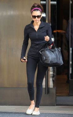 Tote bags Nina Dobrev's Bag http://www.amazon.com/Basicbag-Women-Leather-Bag-Orange/dp/B00M3XGCNG/ref=sr_1_5?m=A274K3VEYXJGWG&s=merchant-items&ie=UTF8&qid=1407118660&sr=1-5