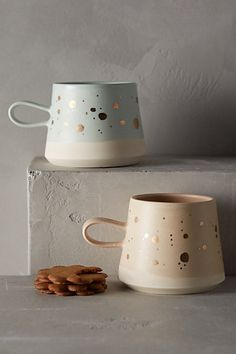 Gold-Flecked Mug ~ AHHH! I want a coffee mugs update & I want them to be THESE!!! :-O ❤️