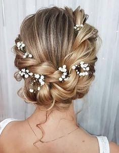 19 bridal hairstyles for your fairytale wedding Page 9 of 19 lead hairstyles ABELL . - 19 bridal hairstyles for your fairytale wedding Page 9 of 19 lead hairstyles ABELLA PİNSHOUSE - Bridal Hair Updo, Wedding Hair And Makeup, Wedding Updo, Wedding Flower Hair, Romantic Bridal Hair, Bridal Beauty, Bridal Makeup, Wedding Hair Inspiration, Wedding Ideas