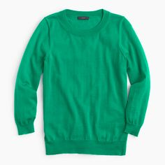 Green J Crew Tippi Sweater like new condition - super comfortable and a staple sweater. Soft, warm Merino wool, last pic is the best representation of the color J. Merino Wool Sweater, Cashmere Sweaters, Fall Capsule Wardrobe, Winter Wardrobe, J Crew Tops, Work Wear, Sweaters For Women, Pullover, Clothes For Women
