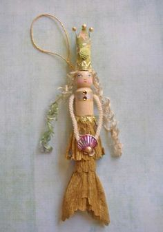 Mermaid Queen Clothespin Doll by theresahutnick on Etsy