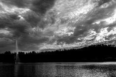 #lake #monocromathic #monocromatico #lago #bnw #blackandwhite #blancoynegro #clouds #cloudysky #sky