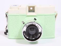 Lomography Dreamer Diana F+ Camera in Mint courtesy of Urban Outfitters Old Cameras, Vintage Cameras, Photography Tools, Photography Camera, Diana, Photo Deco, Walpaper Black, Fujifilm Instax Mini, Polaroid Instax