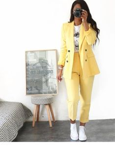 Hello Fashionica Total Look Zara Lamey (formerly collector The best outfit ideas Sporty Outfits, Mode Outfits, Classy Outfits, Summer Outfits, Pink Blazer Outfits, Formal Outfits, Dance Outfits, Pretty Outfits, Stylish Outfits