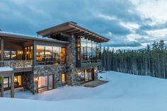 Modern yet warm retreat with mesmerizing Rocky Mountain vistas Mountain Home Exterior, Modern Mountain Home, Mountain Homes, Mountain Living, Future House, My House, Stone Houses, House Goals, Modern House Design