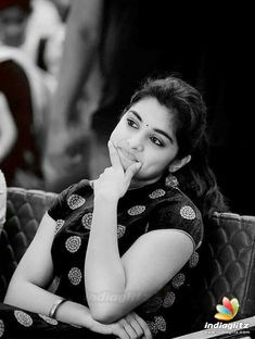 Beauty in black and white Beautiful Girl Photo, Beautiful Girl Indian, Beautiful Smile, Wonderful Picture, South Indian Actress Hot, Indian Actress Photos, Indian Actresses, Girl Pictures, Girl Photos