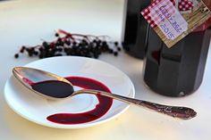 Přírodní medicína/ sirup z plodů černého bezu Chocolate Fondue, Desserts, Food, Tailgate Desserts, Deserts, Essen, Postres, Meals, Dessert