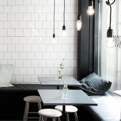 The white tiles… typical Stockholm cafe interior Metal Industrial, Industrial Chic Style, Industrial Interiors, Cafe Interiors, Industrial Stairs, Industrial Windows, Kitchen Industrial, Industrial Apartment, Industrial Shelving