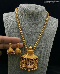 Gold Jewellery Design, Gold Jewelry, Jewelery, Gold Necklace, India Jewelry, Temple Jewellery, Necklace Designs, Bridal Jewelry, Antique Jewelry