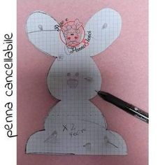 coniglietto pasquale sagoma feltro Diy And Crafts, Arts And Crafts, New Years Eve Party, Holiday Crafts, Easter Eggs, Projects To Try, Felt Projects, Decoration, Bunny