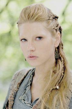 """Katheryn Winnick as Lagertha in the pilot of Vikings. """