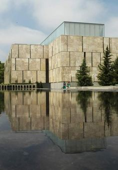 The Barnes Foundation museum on the Parkway in Philadelphia is not likely to be going anywhere. MICHAEL BRYANT / Staff Photographer