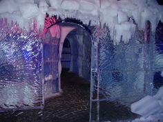 Eingang der unterirdischen und verborgenen Bibliothek