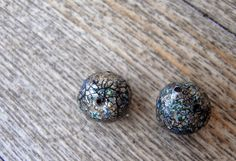 saraccino: Polymer clay beads - Rough and organic and crackles... and... just me!