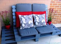 Blue painted pallet outdoor sofa