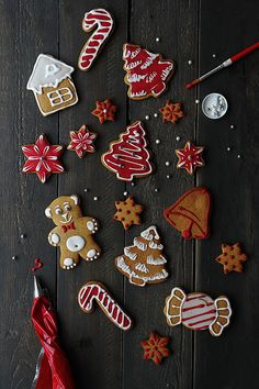 how to frost your gingerbread cookies
