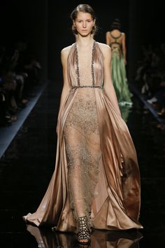Reem Acra Fall 2016 Ready-to-Wear Fashion Show   http://www.theclosetfeminist.ca/  http://www.vogue.com/fashion-shows/fall-2016-ready-to-wear/reem-acra/slideshow/collection#38