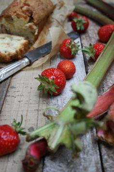 03 Erdbeer-Rhabarber-Brot