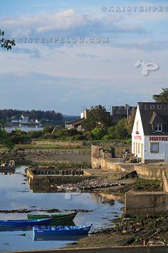 """""""Parc à huitres et plates"""", Etel River, Kergo, Morbihan, Brittany"""