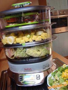 Kuřecí prsa v listu kapusty s čerstvým kozím sýrem a bramborem se zel.salátem.-parní hrnec TEFAL VITACUISINE Steam Recipes, Meal Prep, Vegetables, Steamer, Cooking, Veggies, Vegetable Recipes, Meal Planning