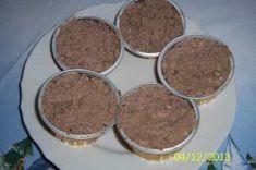 Domácí paštika z bůčku Bucky, Pudding, Cookies, Food, Crack Crackers, Eten, Puddings, Cookie Recipes, Meals