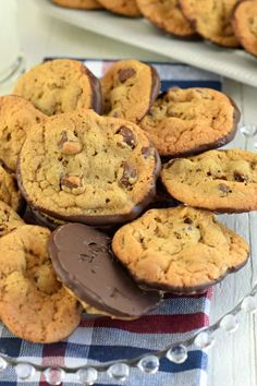 Perfect, Easy Double Chocolate Chip Cookies Recipe Double Chocolate Chip Cookies are the perfect chewy cookie recipe dunked in rich dark chocolate. Cookie Desserts, Just Desserts, Cookie Recipes, Delicious Desserts, Dessert Recipes, Yummy Food, Healthy Food, Snack Recipes, Healthy Eating